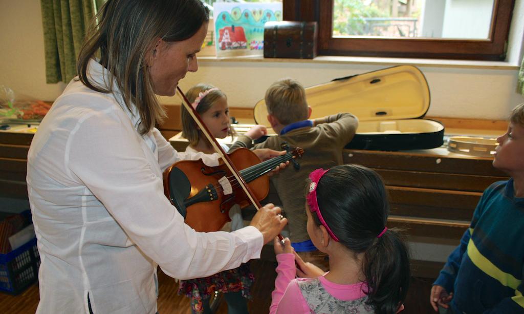 Spielerischer Umgang mit Musik und Panpan
